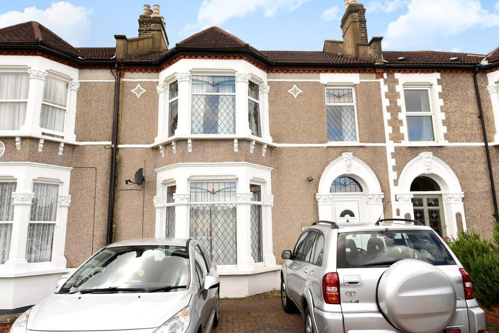 4 Bedrooms Terraced House for sale in Wellmeadow Road, Catford