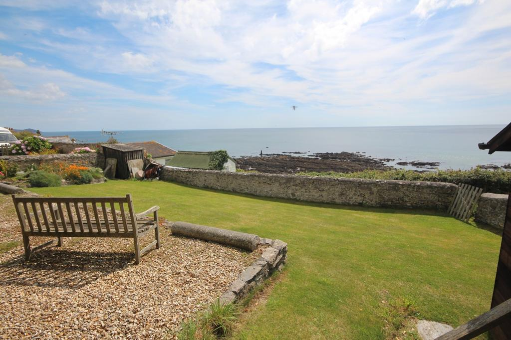 2 Bedrooms House for sale in 1a Coastguard Cottages, Portwrinkle