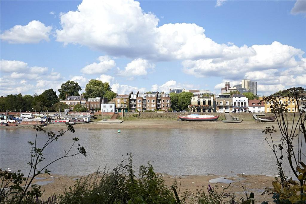 2 Bedrooms Flat for sale in Lower Mall, London, W6