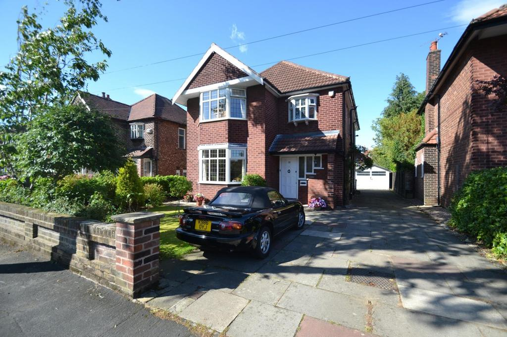 4 Bedrooms Detached House for sale in Fownhope Avenue, Sale