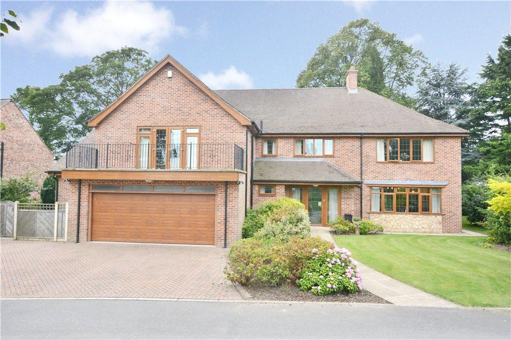 5 Bedrooms Detached House for sale in The Towers, Towers Lane, Crofton, Wakefield