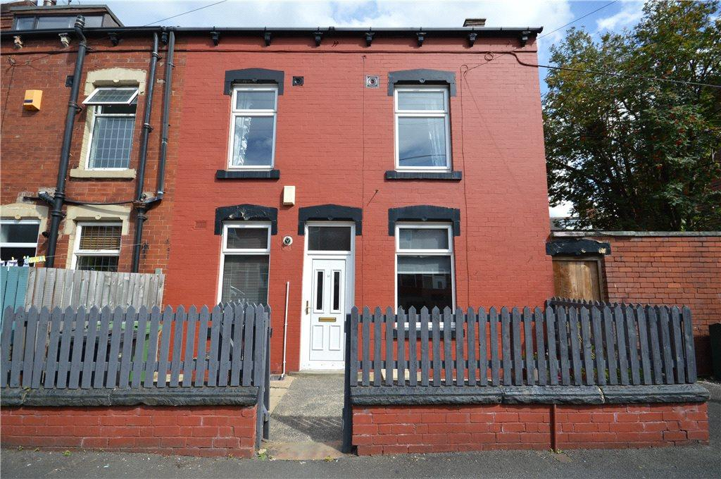 3 Bedrooms Terraced House for sale in Roseneath Terrace, Leeds, West Yorkshire