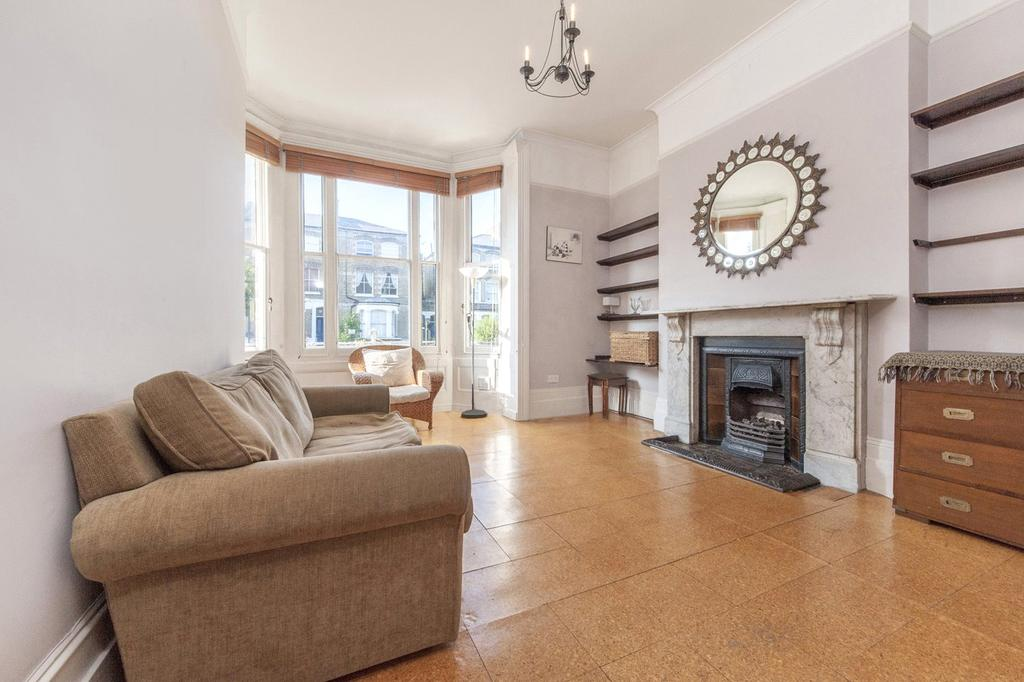 1 Bedroom Flat for sale in Tufnell Park Road, Tufnell Park, London