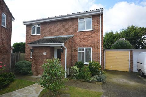 4 bedroom detached house to rent - Petunia Crescent, Chelmsford, Essex, CM1