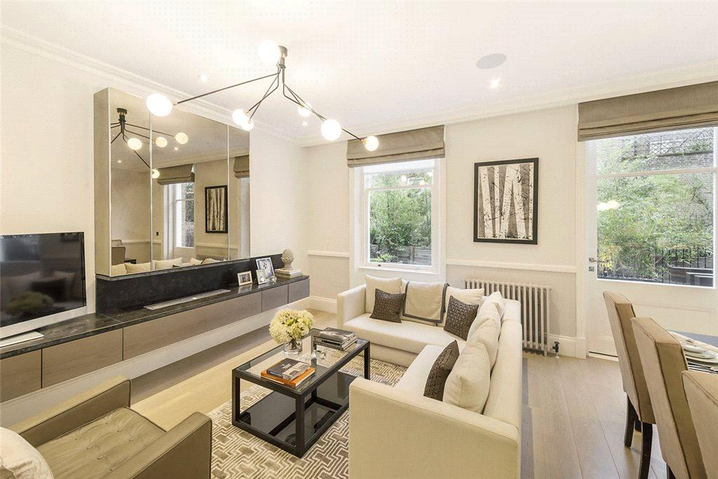 2 Bedrooms Flat for sale in Courtfield Gardens, South Kensington, London