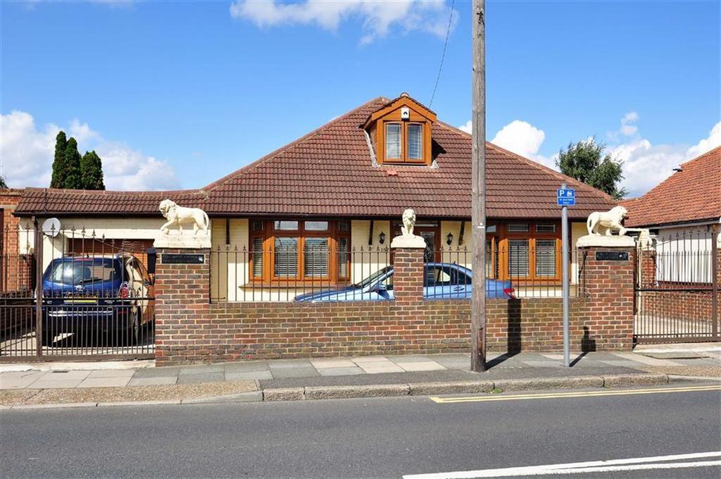 5 Bedrooms Detached Bungalow for sale in Belvedere Road, Bexleyheath
