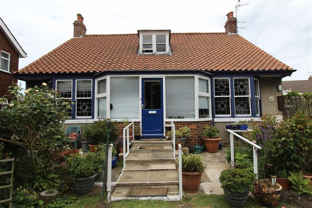 2 Bedrooms Detached Bungalow for sale in Butlers Lane, Flamborough, East Yorkshire, YO15