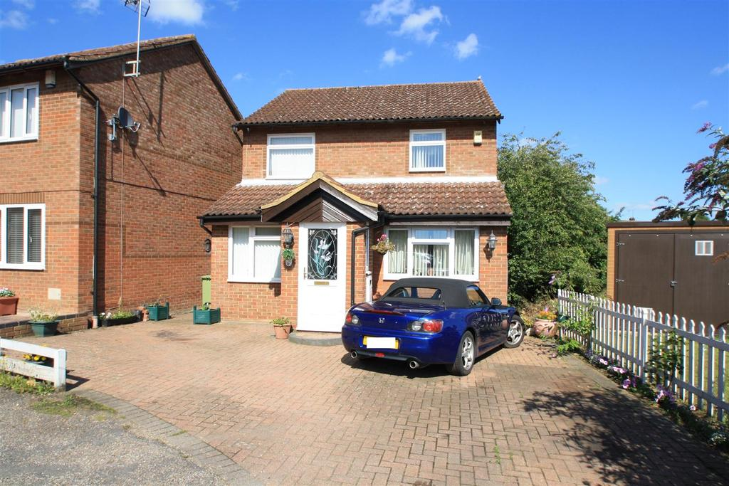 4 Bedrooms Detached House for sale in Chepstow Drive, Bletchley, Milton Keynes
