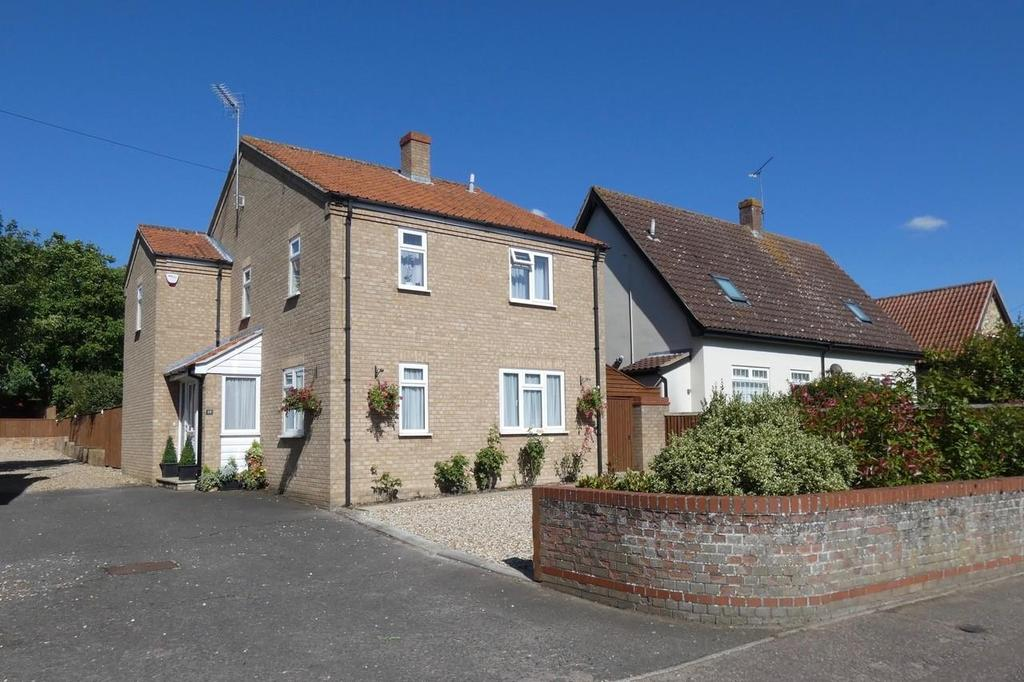 4 Bedrooms Detached House for sale in The Street, Icklingham
