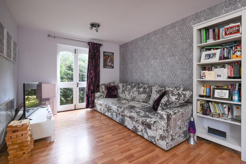 1 Bedroom Flat for sale in Crofton Park Road, Brockley