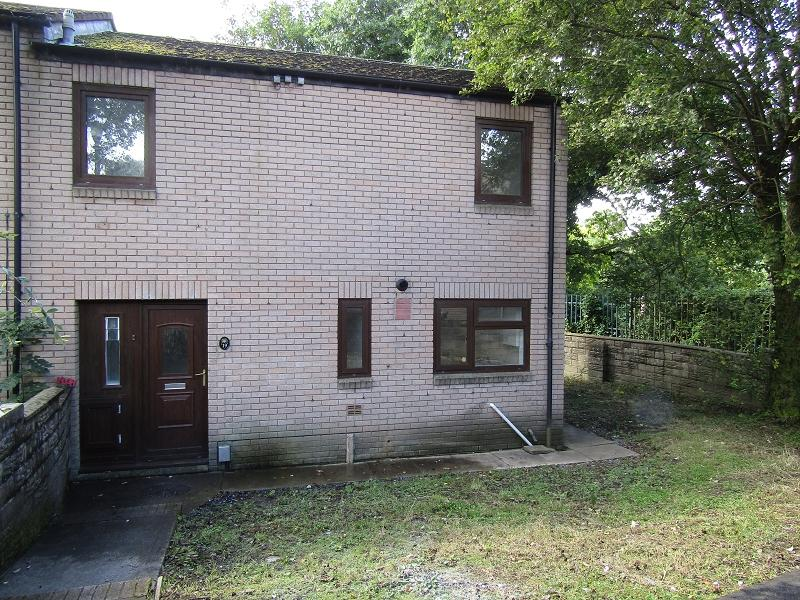 3 Bedrooms Semi Detached House for sale in Tair Felin , Aberdulais, Neath, Neath Port Talbot.