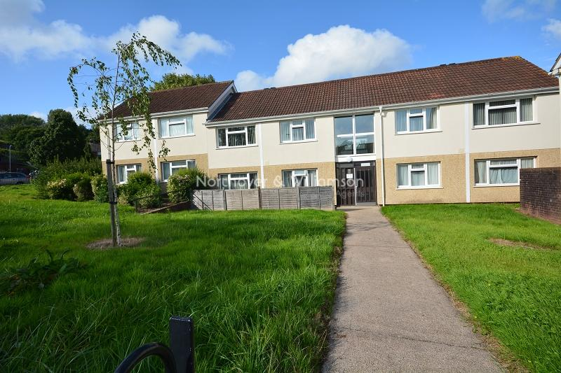 1 Bedroom Flat for sale in Trowbridge Road, Rumney, Cardiff, Cardiff. CF3