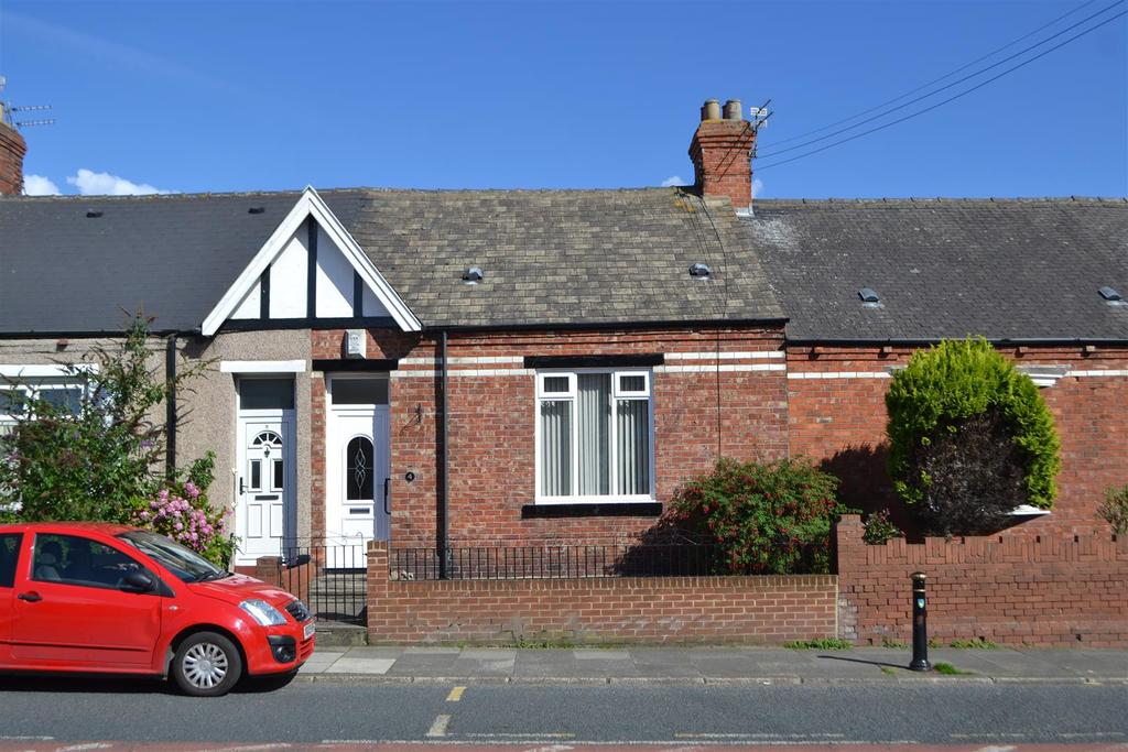 1 Bedroom Cottage House for sale in Percy Terrace, Whitburn, Sunderland