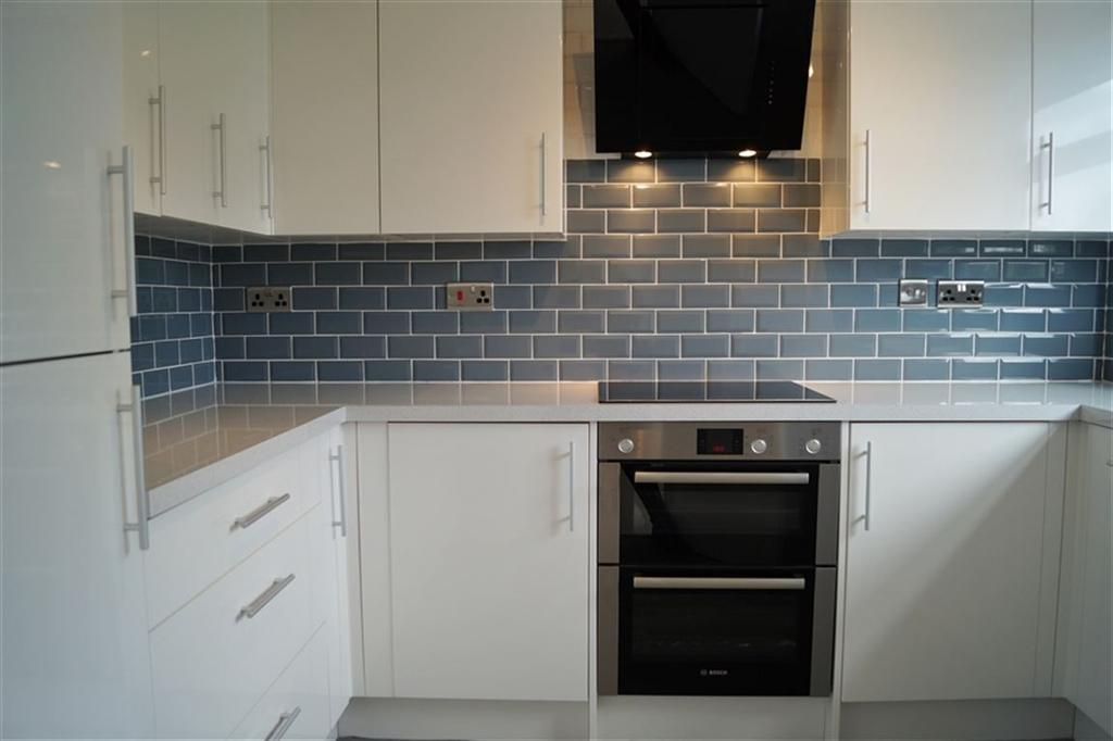 Bellevue Court Bellevue Crescent Clifton Bristol 2 Bed Flat 1 150 Pcm 265 Pw