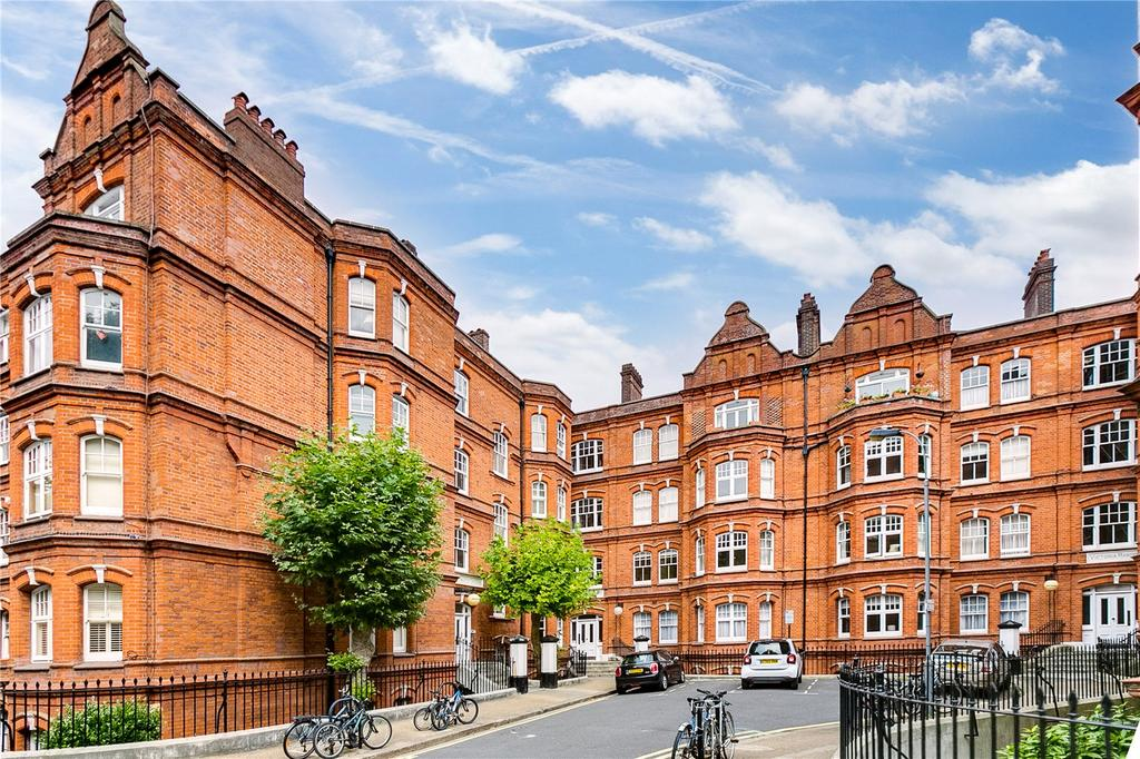 2 Bedrooms Flat for sale in Wellington Mansions, Queen's Club Gardens, London