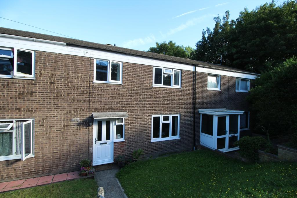 3 Bedrooms Terraced House for sale in Ingress Gardens Greenhithe DA9