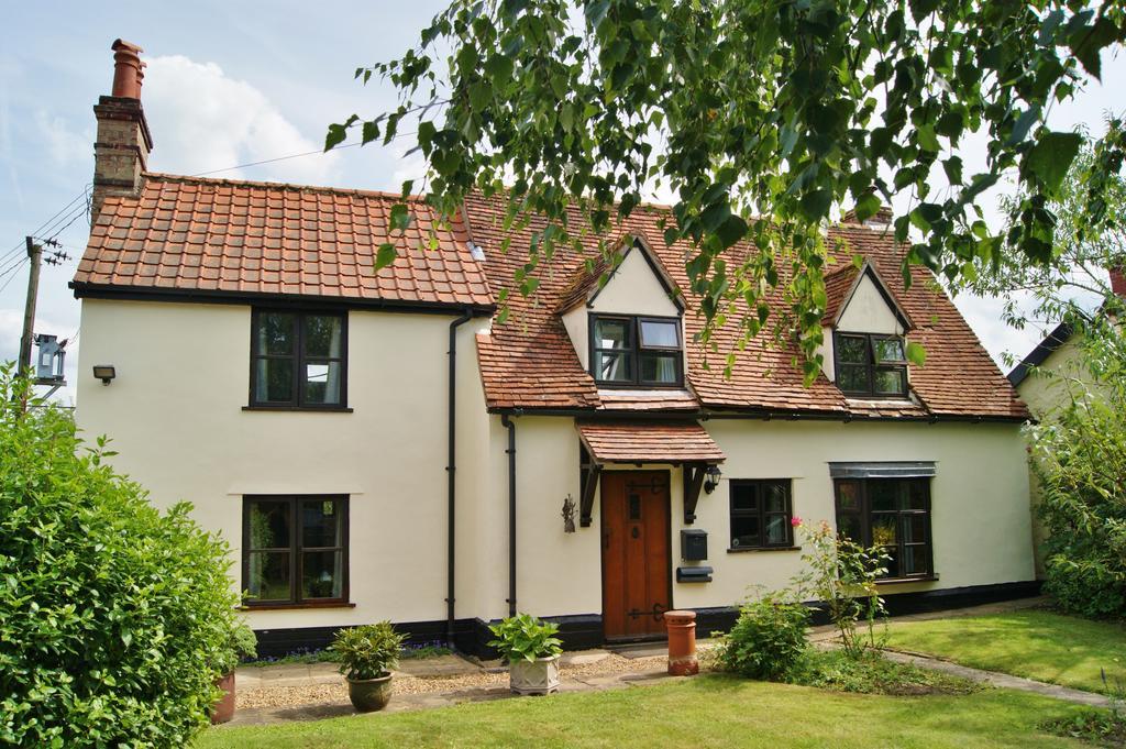4 Bedrooms Detached House for sale in Old Barningham Road, Stanton IP31