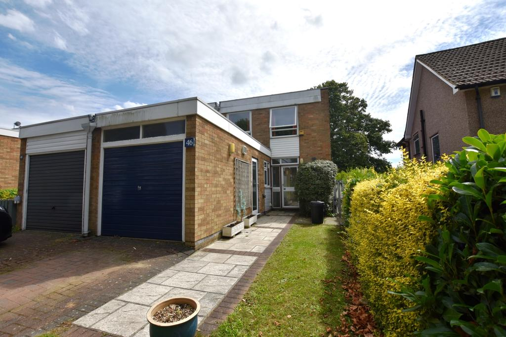 4 Bedrooms Semi Detached House for sale in Overbury Avenue Beckenham BR3