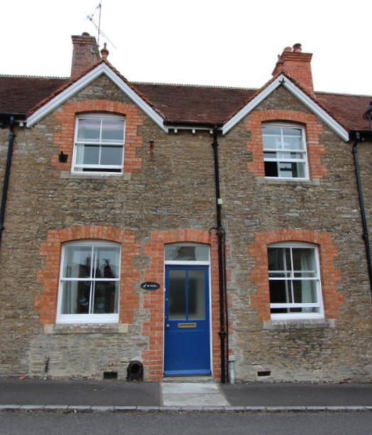 3 Bedrooms Terraced House for sale in Stalbridge, Dorset