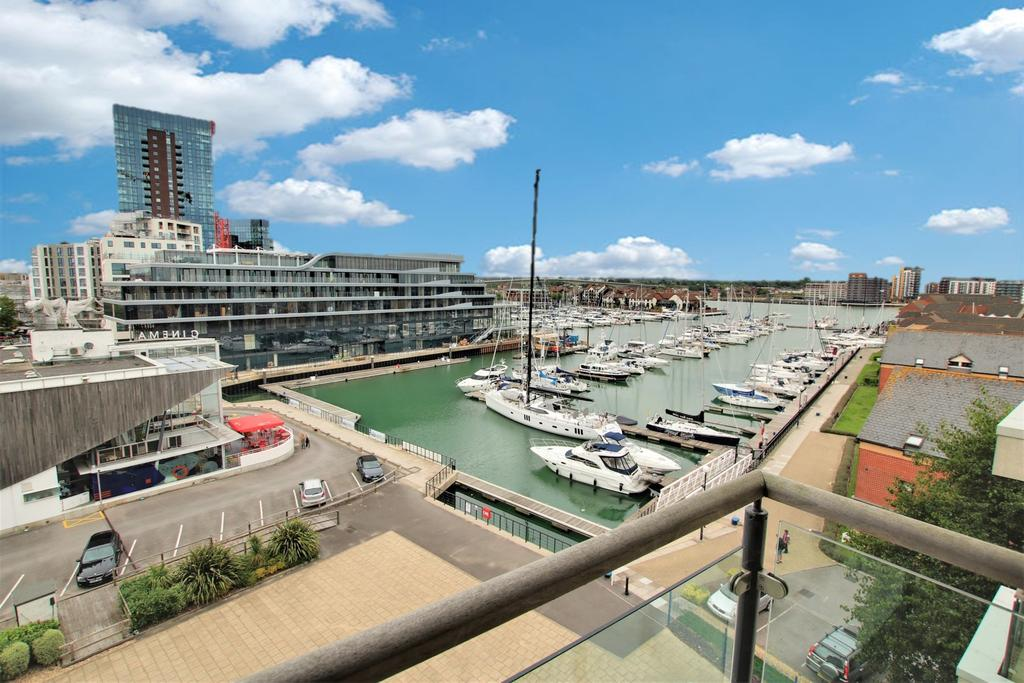 2 Bedrooms Apartment Flat for sale in Ocean Village, Southampton