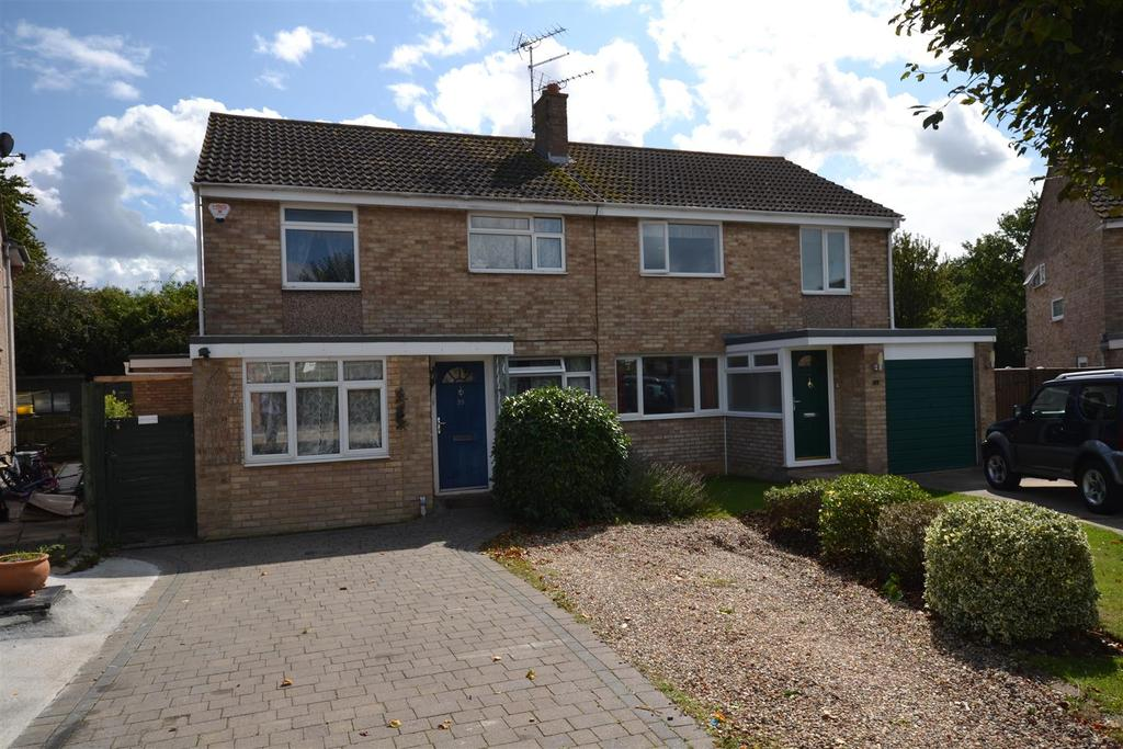 3 Bedrooms House for sale in East Bridge Road, South Woodham Ferrers, Chelmsford