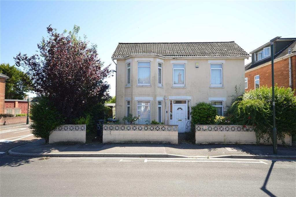 6 Bedrooms Detached House for sale in Hankinson Road, Bournemouth, Dorset, BH9
