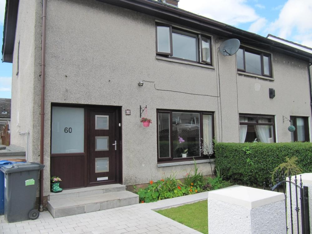 2 Bedrooms Semi Detached House for sale in 60 Stewart Drive, Hardgate, Clydebank, G81 6AQ