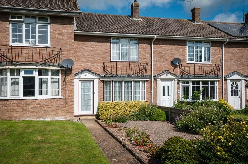 2 Bedrooms Terraced House for sale in Tower Ride, Uckfield
