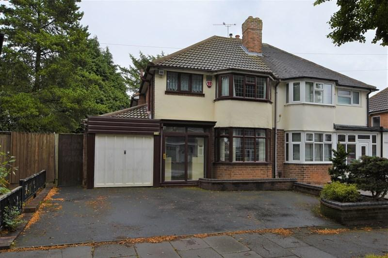 3 Bedrooms Semi Detached House for sale in Wilmington Road, Quinton, Birmingham