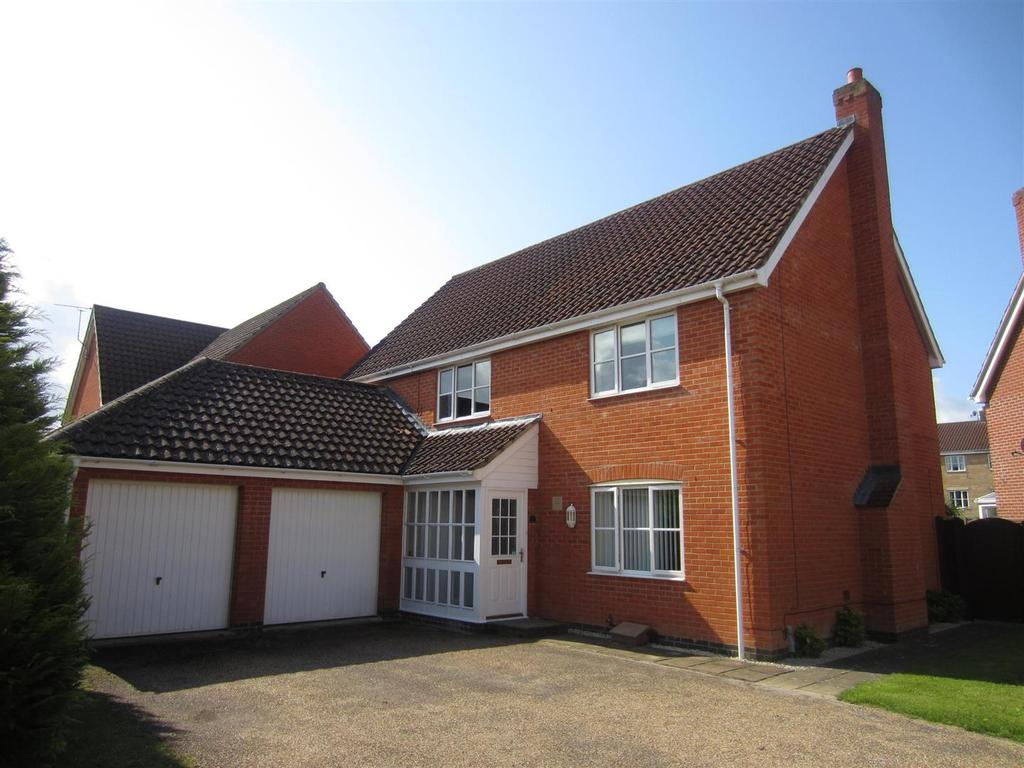 4 Bedrooms Detached House for sale in Woodruff Road, Thetford