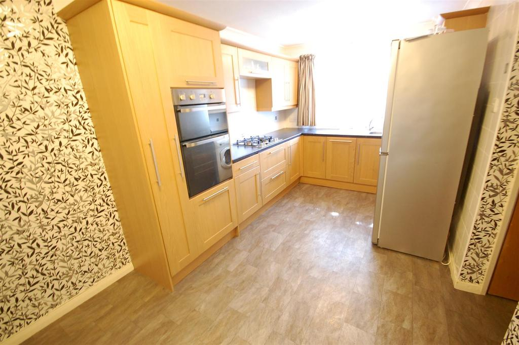 3 Bedrooms End Of Terrace House for sale in Millwards, Hatfield