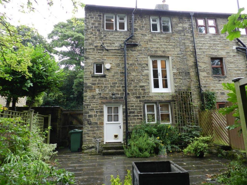 2 Bedrooms Cottage House for sale in North Road, Kirkburton, Huddersfield, HD8