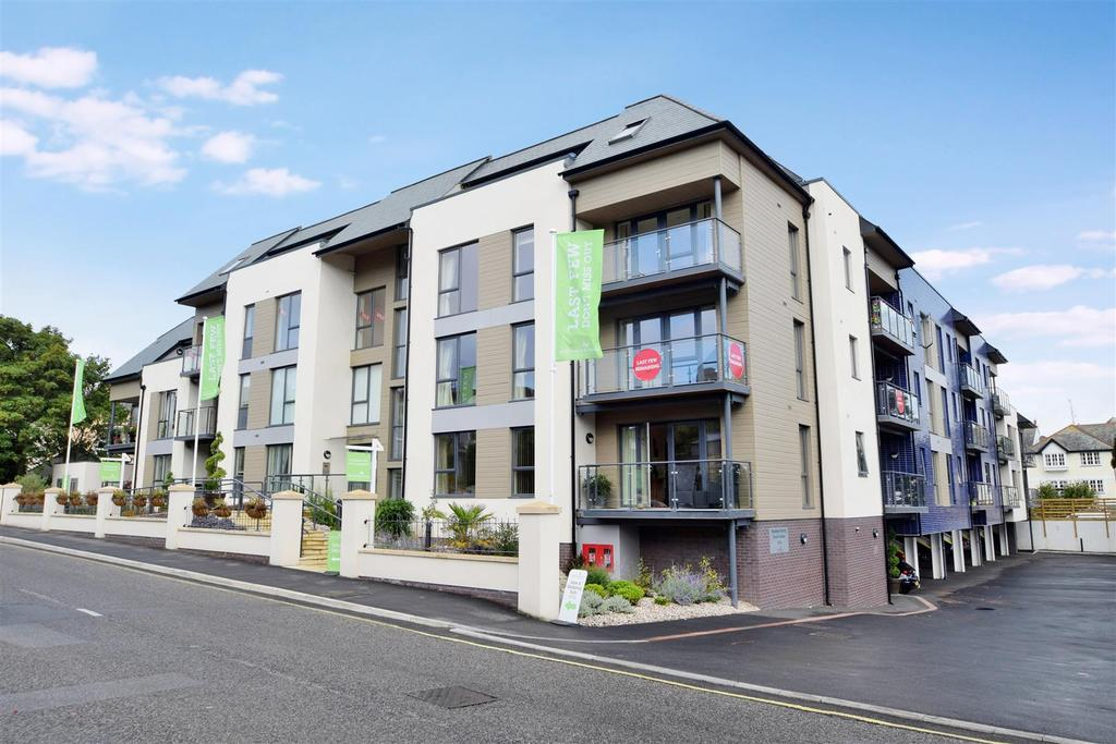 1 Bedroom Apartment Flat for sale in Bar Road, Falmouth