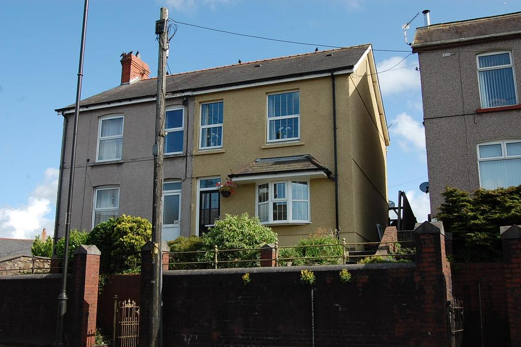 3 Bedrooms Semi Detached House for sale in Penybanc Road, Ammanford