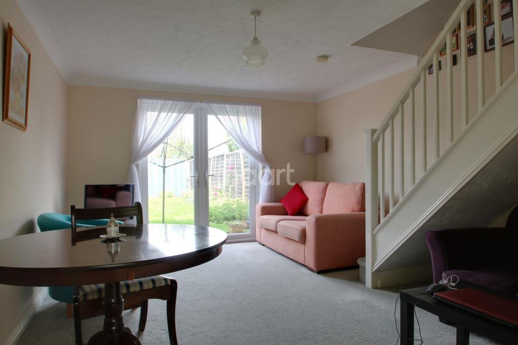 2 Bedrooms Terraced House for sale in Nichols Grove, Braintree