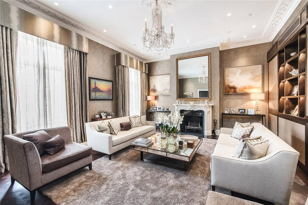 5 Bedrooms Unique Property for rent in Halkin Place, Belgravia, London, SW1X