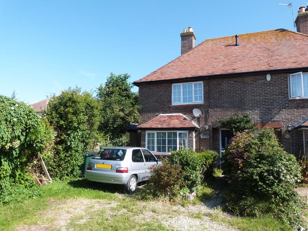 2 Bedrooms Semi Detached House for sale in Western Road, Selsey