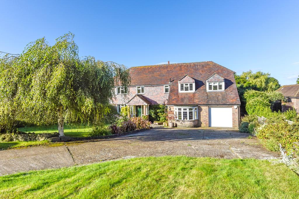 5 Bedrooms Detached House for sale in HAMBLEDON ROAD, DENMEAD