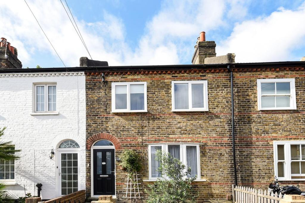3 Bedrooms Terraced House for sale in Ellison Road, Streatham