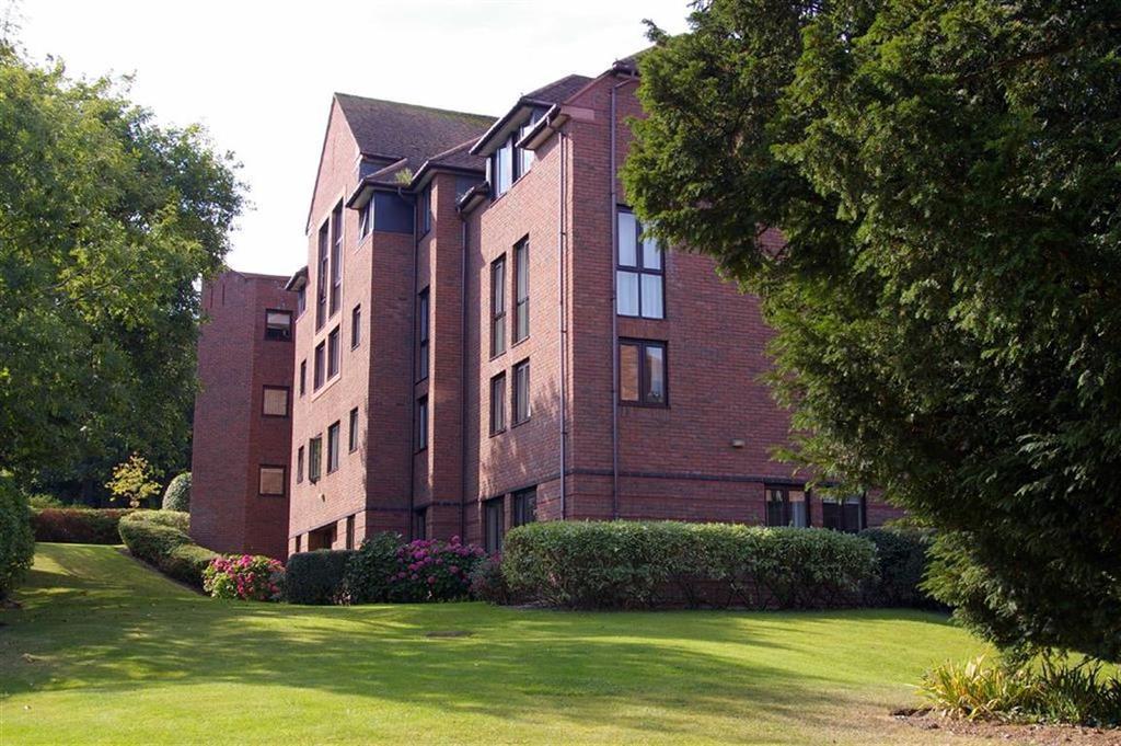 1 Bedroom Retirement Property for sale in Coed Pella Road, Colwyn Bay
