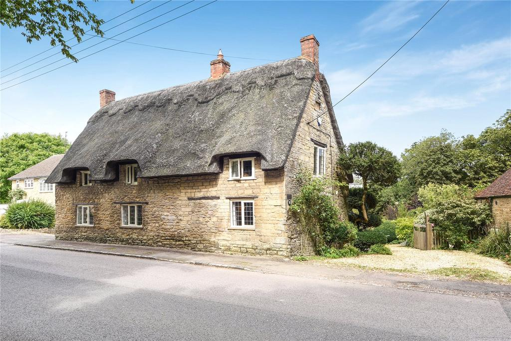 4 Bedrooms Detached House for sale in High Street, Sharnbrook, Bedford, Bedfordshire, MK44