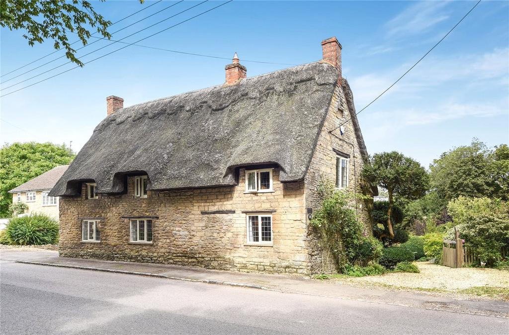 4 Bedrooms Detached House for sale in High Street, Sharnbrook, Bedford, Bedfordshire, MK44