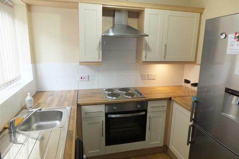 2 bedroom flat to rent - 1 Birch Lane, Longsight