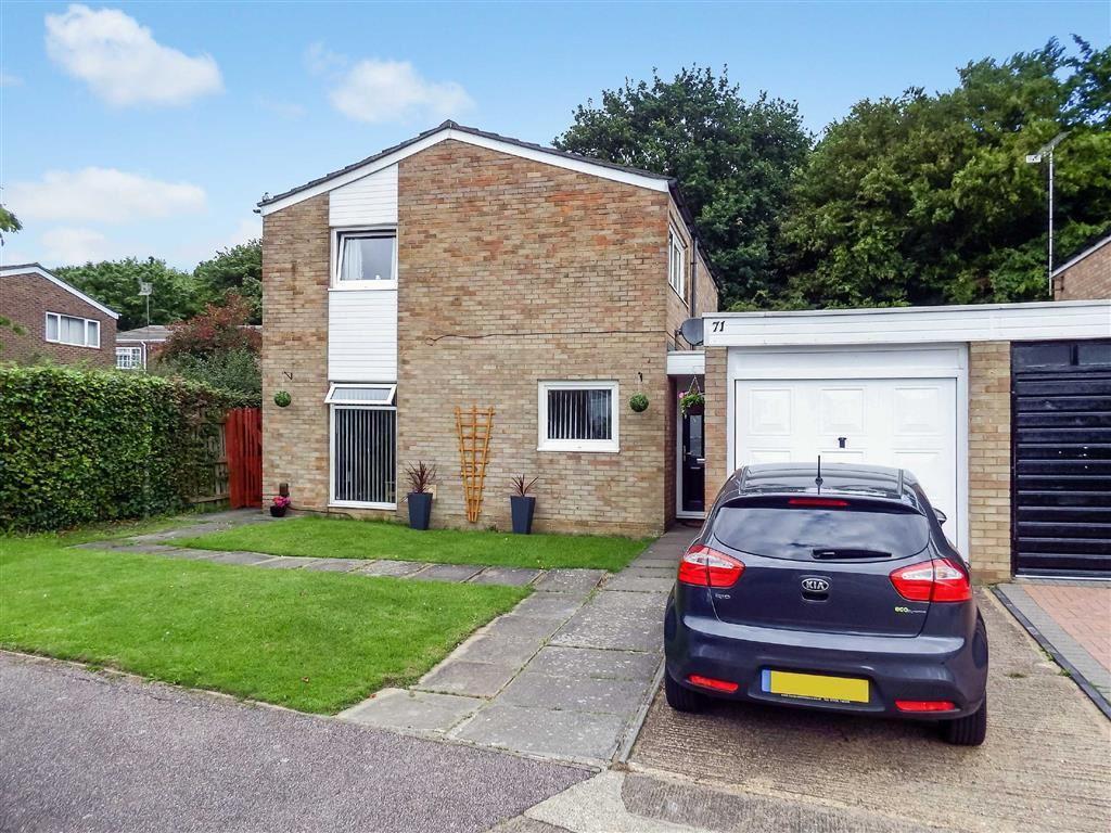 4 Bedrooms Detached House for sale in Lingfield Road, Stevenage, Hertfordshire, SG1