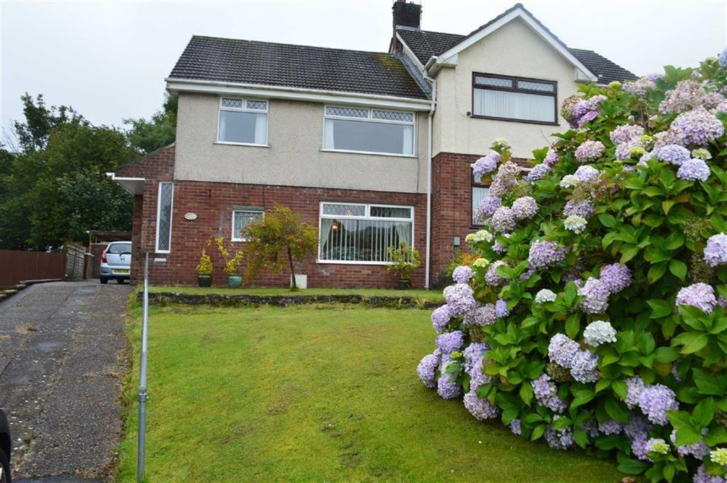 3 Bedrooms Semi Detached House for sale in Gwerneinon Road, Swansea, SA2