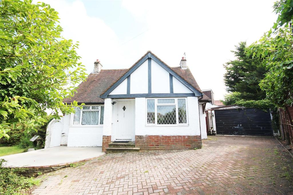 3 Bedrooms Detached House for rent in Carden Avenue, Brighton