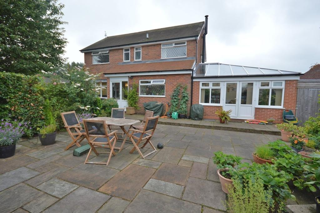 3 Bedrooms Detached House for sale in Vernon Road, Poynton