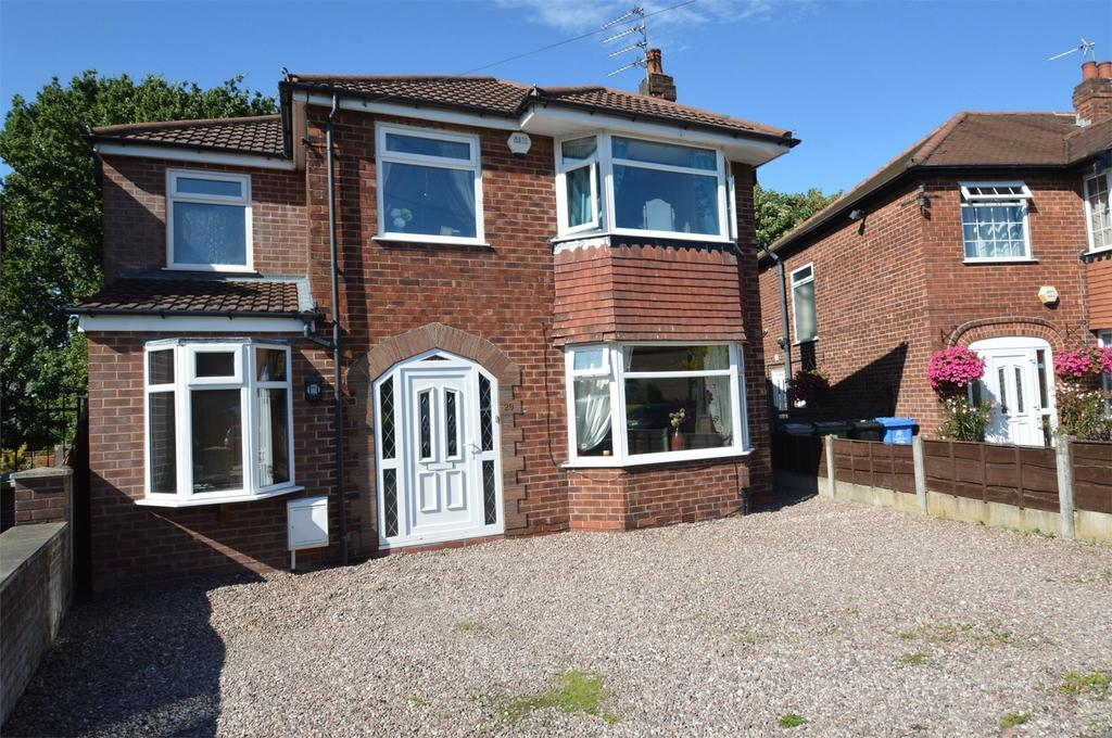 4 Bedrooms Detached House for sale in Arnesby Avenue, Sale, Cheshire