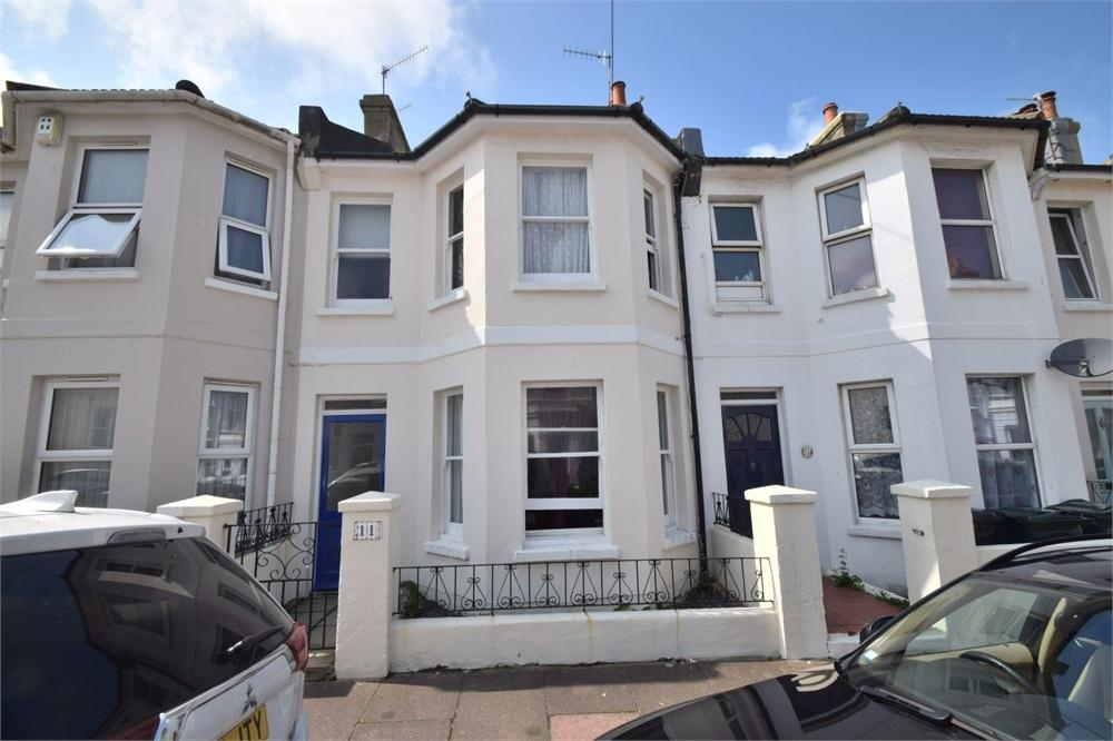 2 Bedrooms Terraced House for sale in Camden Road, Little Chelsea, East Sussex