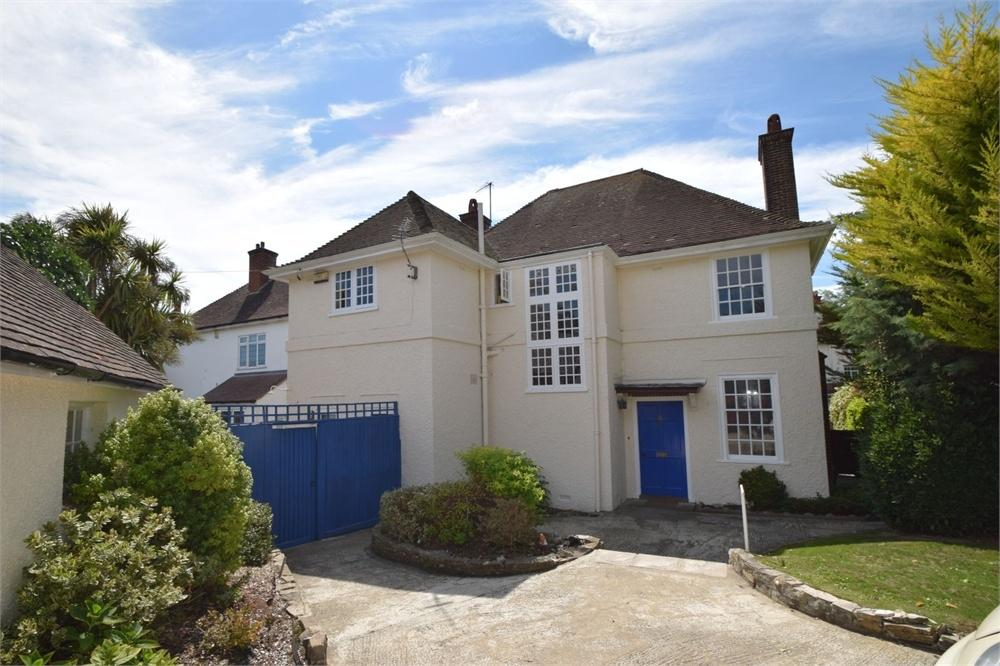 4 Bedrooms Detached House for sale in The Goffs, Eastbourne